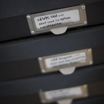 svarta lådor förvaring levis 561 mint condition